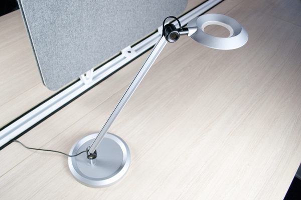 Halo '2J' Lamp